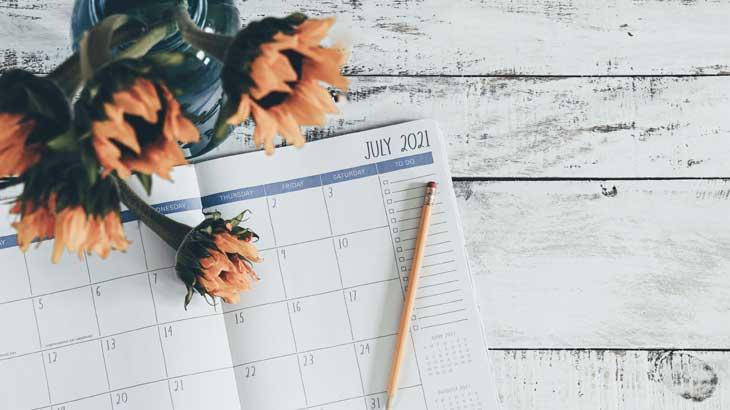 Image-photo-of-July