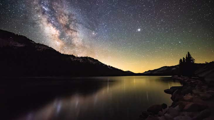 milky_way_reminiscent_of_tanabata_pic