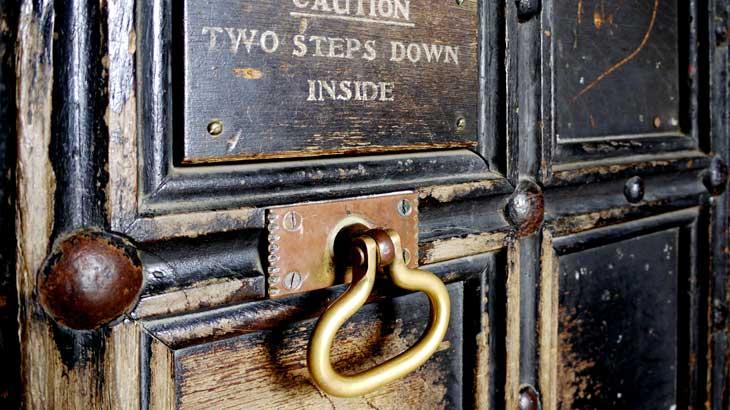 photo-of-brass-doorknob