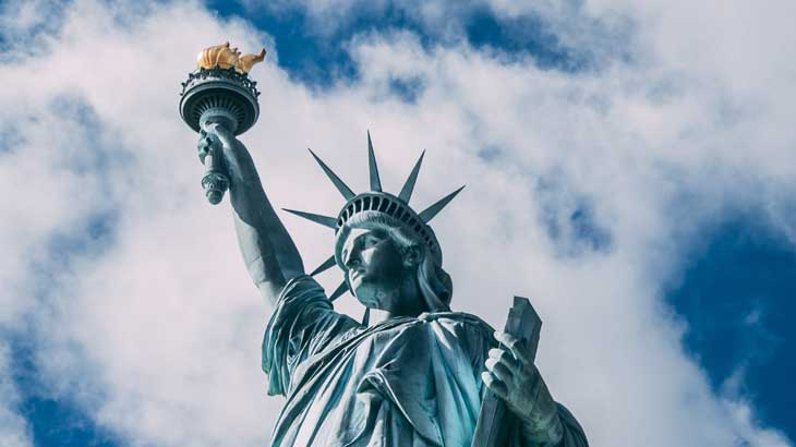 Statue-of-Liberty-covered-in-patina