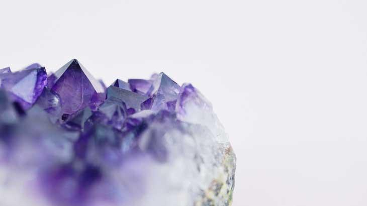 Photograph-of-amethyst-gemstone