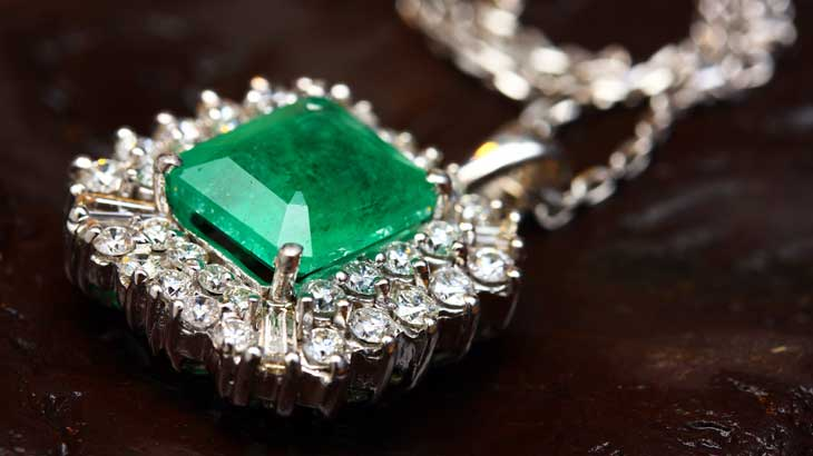 about-may-birthstone-emerald2