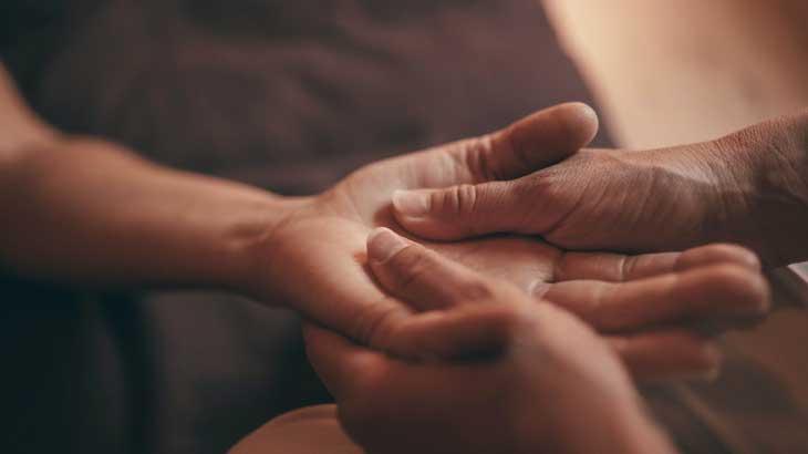 Image-of-hand-massage