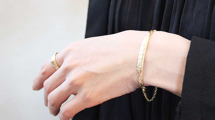 Ring-wearing-image2