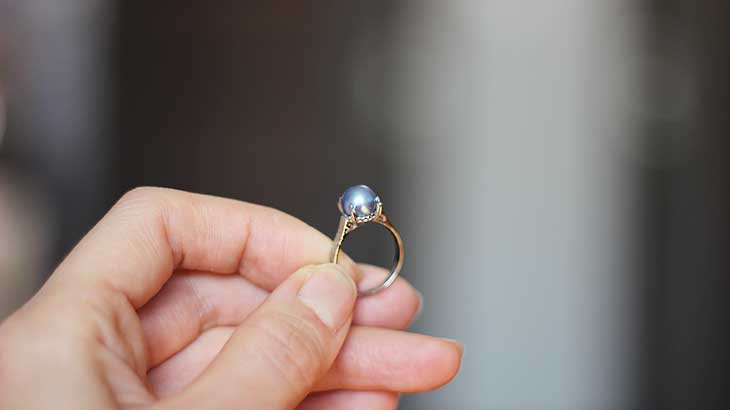 June-birthstone-pearl-photo2