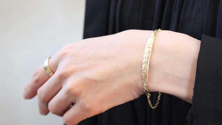 Image-photo-of-bracelet